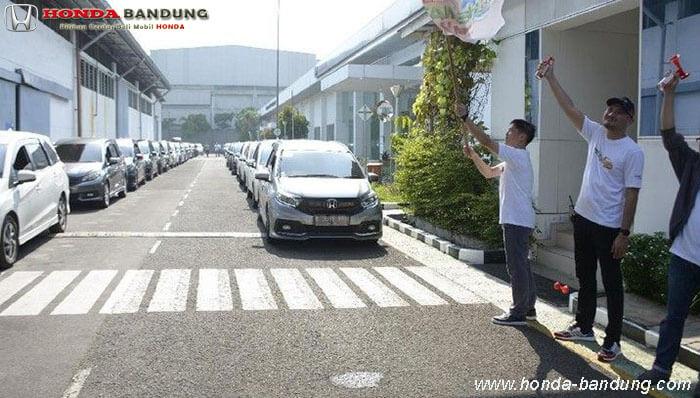 Honda Mobilio Mampu 28 Km Per Liter